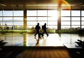 Hvordan at finde den billigste flybillet fra forskellige lufthavne