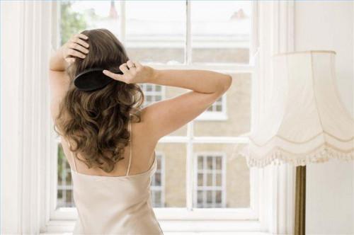 Sådan Care for naturligt krøllet eller bølget tykt hår