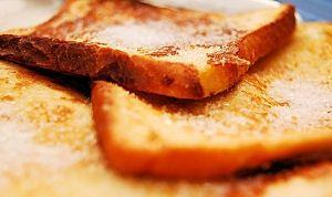 Hvordan man laver sukker Toast