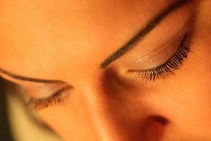 Hvordan man undgår øjenskygge i folder