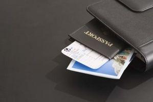 hvor står pasnummer i passet